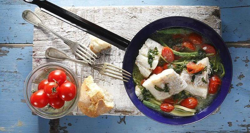 Γλώσσα στο τηγάνι με ντοματίνια και μυρωδικά