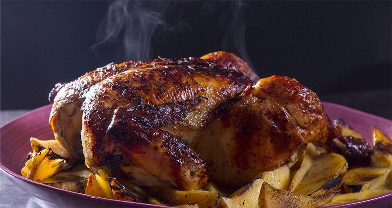 Κοτόπουλο στον φούρνο με πατάτες