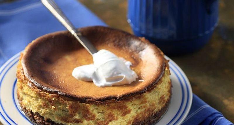 Cheesecake με κολοκύθα από τον Άκη Πετρετζίκη