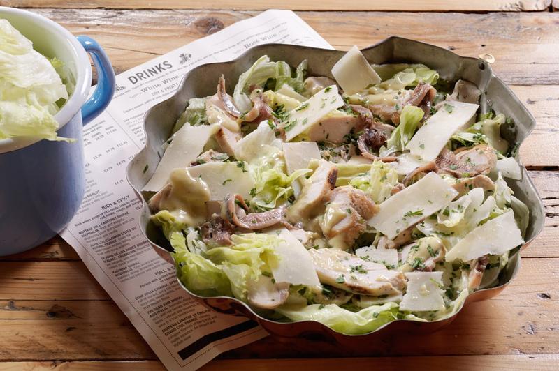 Caesar Salad από τον Άκη Πετρετζίκη