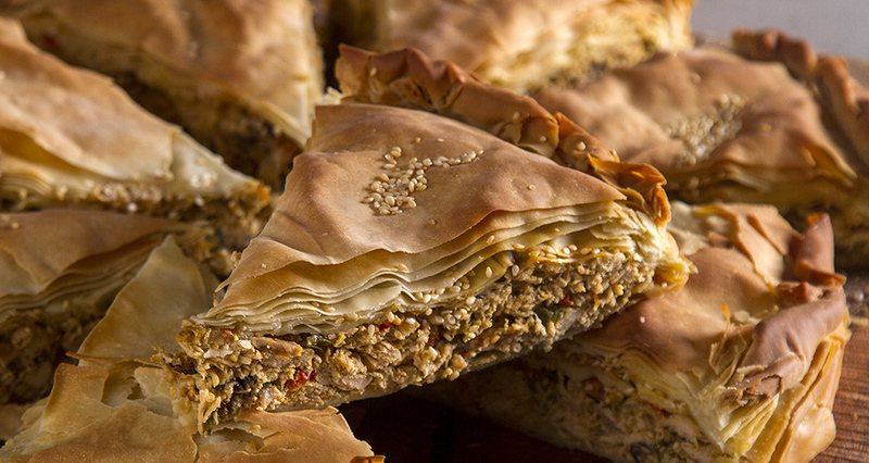 Κοτόπιτα από τον Άκη Πετρετζίκη