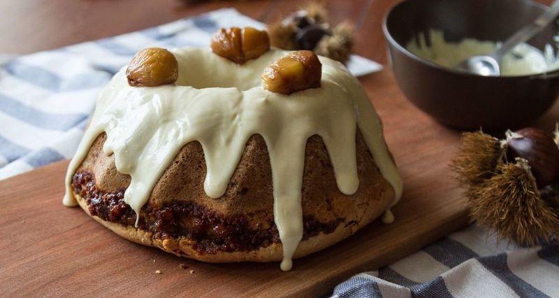 Κέικ με κανέλα και κάστανα από τον Άκη Πετρετζίκη