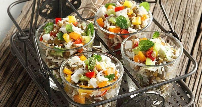 Σαλάτα με φακές φούρνου από τον Άκη Πετρετζίκη