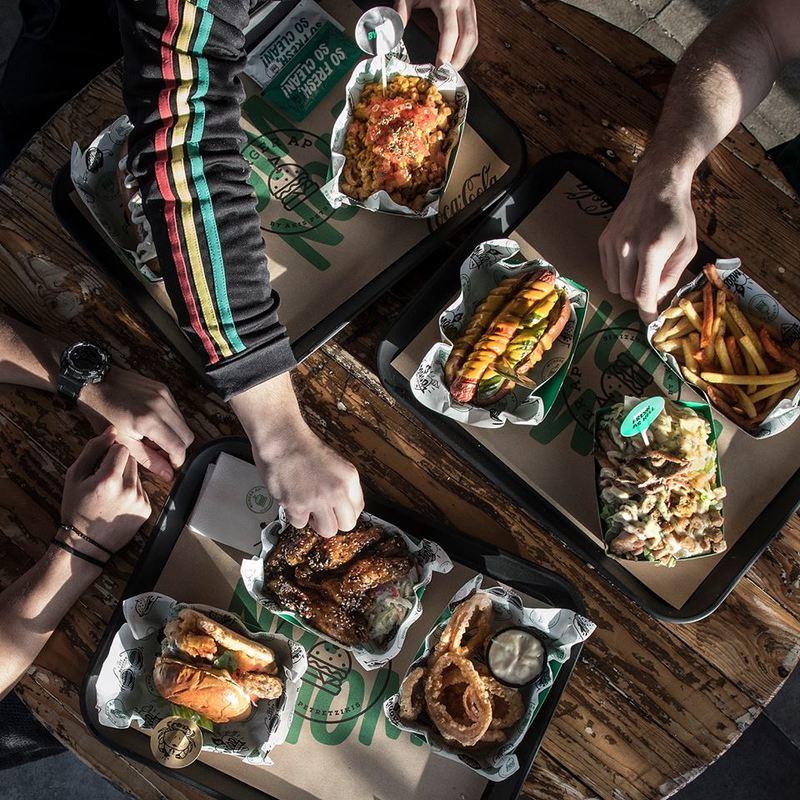 Τα καλύτερα burgers και τα πιο ιδιαίτερα side dishes βρίσκονται στο Burger AP!
