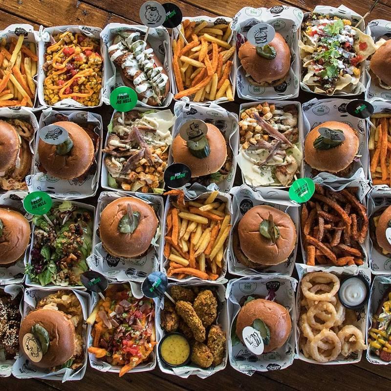 Τα πιο ζουμερά και χορταστικά burgers βρίσκονται στο Burger AP!