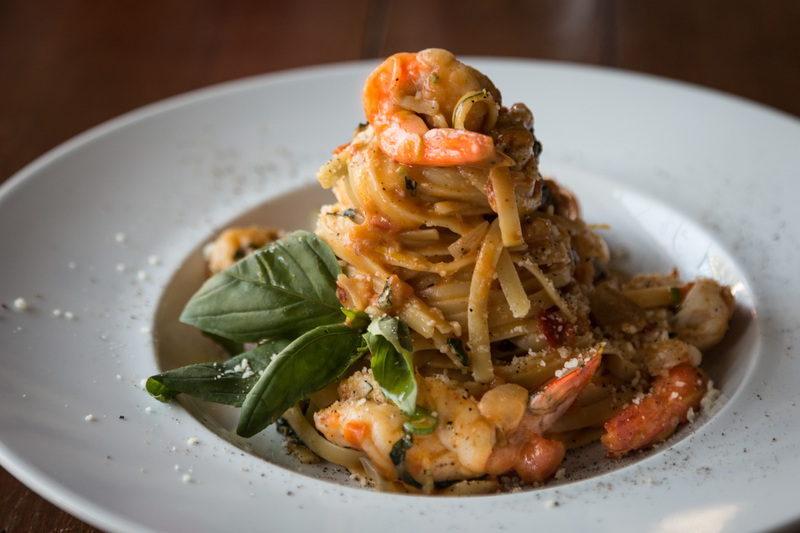 Shrimp linguine pasta by Greek chef Akis Petretzikis