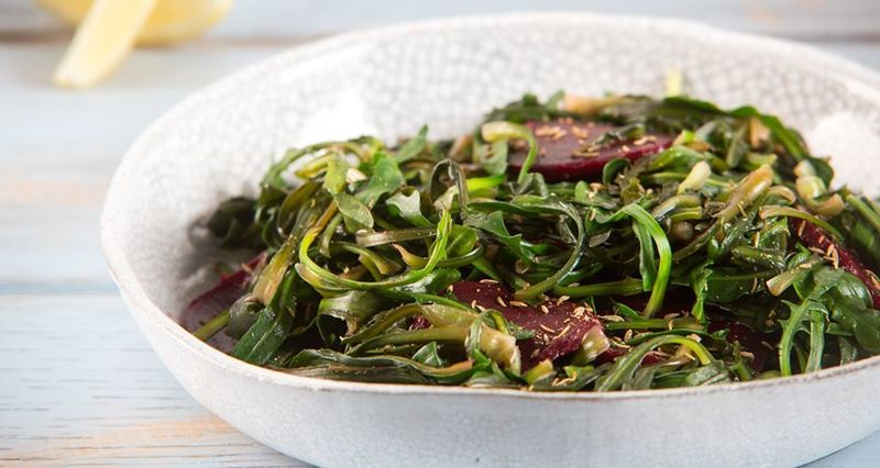 Quick beetroot salad by the Greek chef Akis Petretzikis