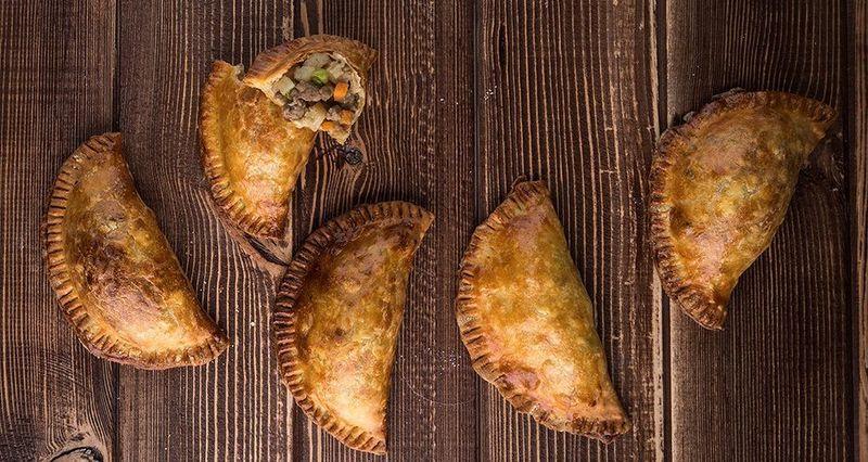 Cornish pies - Κρεατοπιτάκια από τον Άκη Πετρετζίκη