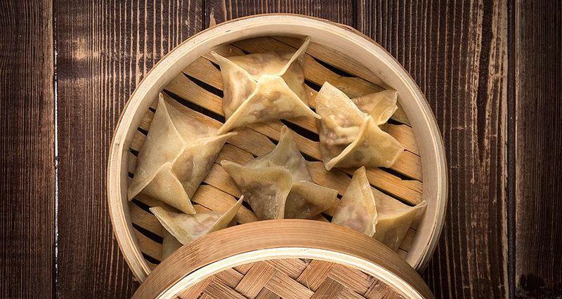 Dumplings με χοιρινό από τον Άκη Πετρετζίκη