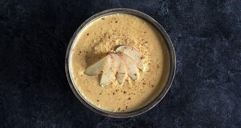 Γιαούρτι με καρότο και μήλο από τον Άκη Πετρετζίκη