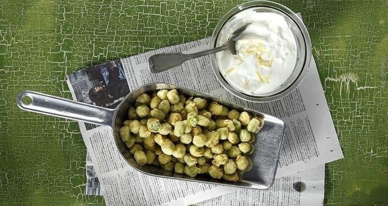 Μπάμιες popcorn από τον Άκη Πετρετζίκη