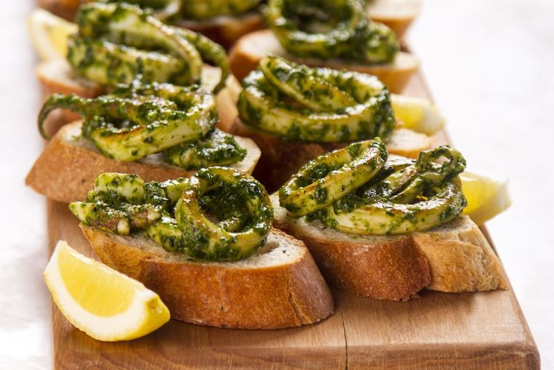 Calamari bruschetta by the Greek chef Akis Petretzikis