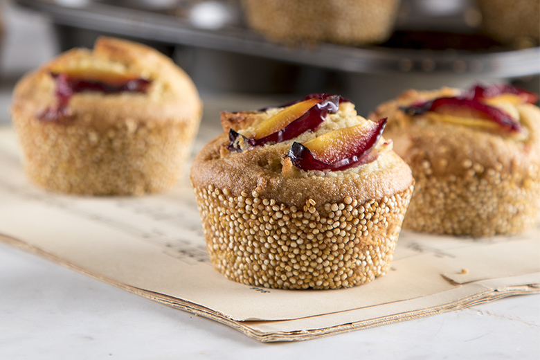 Plum and quinoa muffins by the Greek chef Akis Petretzikis