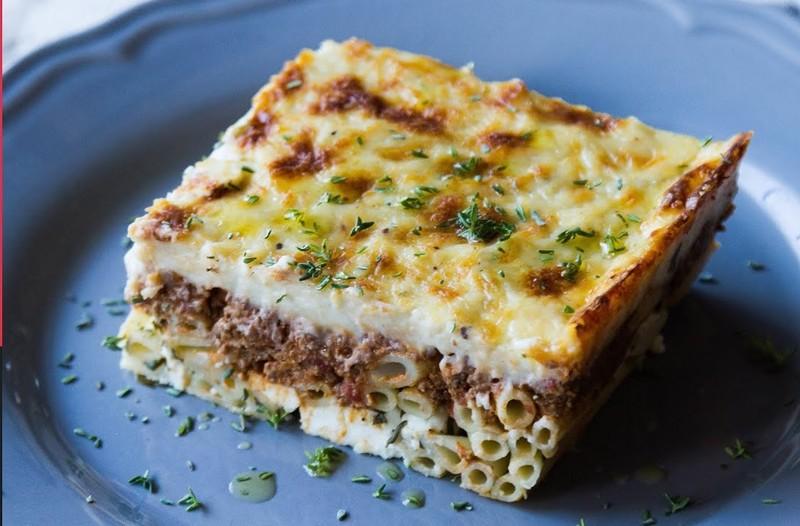 Greek pastitsio - Akis' baked pasta by the Greek chef Akis Petretzikis