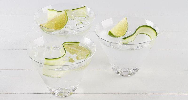 Gin tonic από τον Άκη Πετρετζίκη