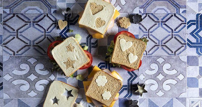 Kids' sandwiches by the Greek chef Akis Petretzikis