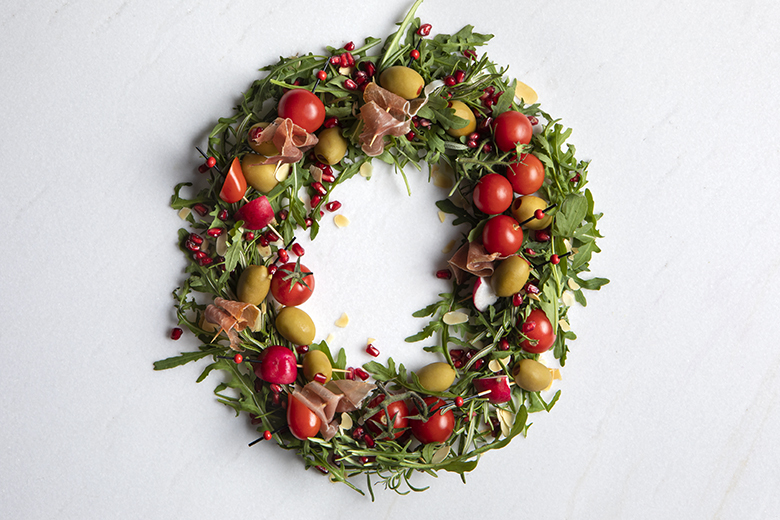 The Christmas platter by the Greek chef Akis Petretzikis