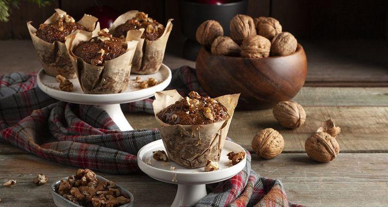Healthy Christmas muffins by the Greek chef Akis Petretzikis