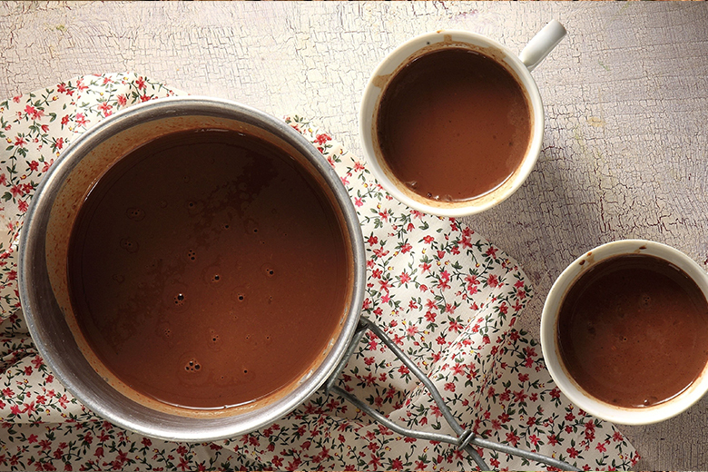 Mexican hot chocolate by the Greek chef Akis Petretzikis