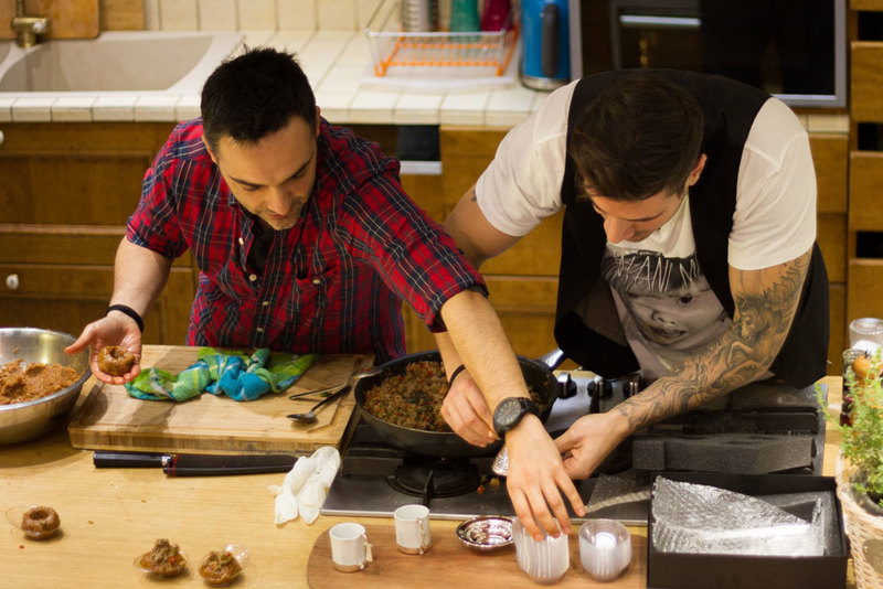 Akis and Arda Cooking