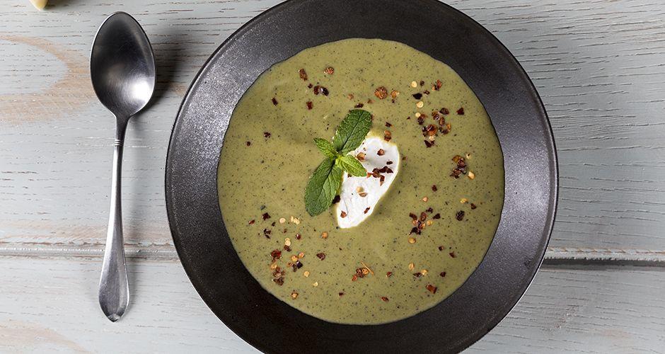 Σούπα βελουτέ με σπαράγγια