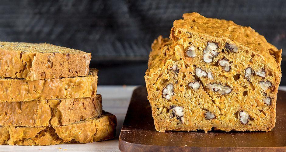 Γλυκό ψωμί πορτοκαλιού με μπαχαρικά