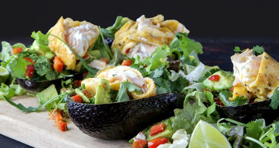 Stuffed avocado with turkey and eggs