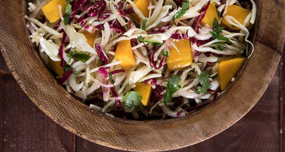 Εξωτική σαλάτα με λάχανο