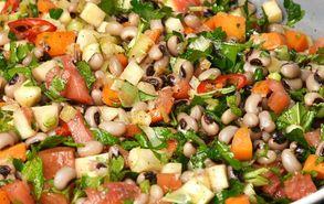Recipe thumb salata me fasolia mavromatika