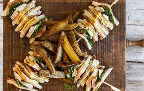 Recipe thumb akis petretzikis club sandwich