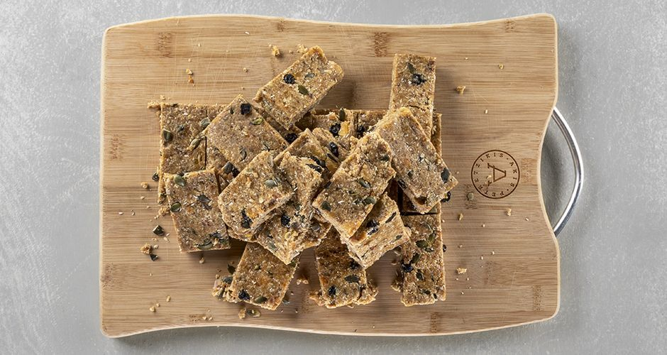 Honey blueberry and apricot energy bars
