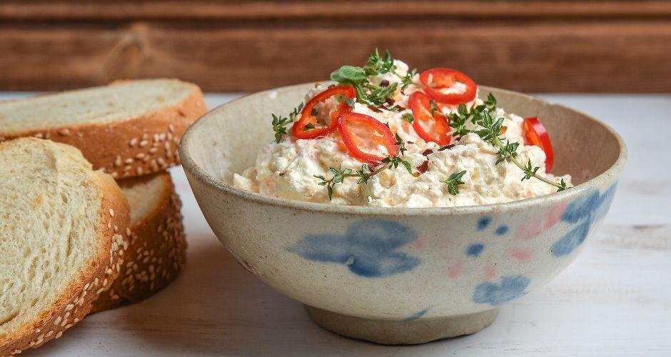 Greek spicy cheese dip – Tirokafteri