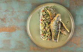 Recipe thumb lavraki me salata fakes site
