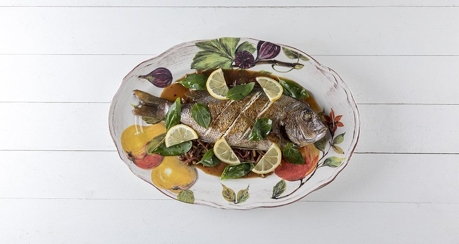 Sea bream with chili and basil