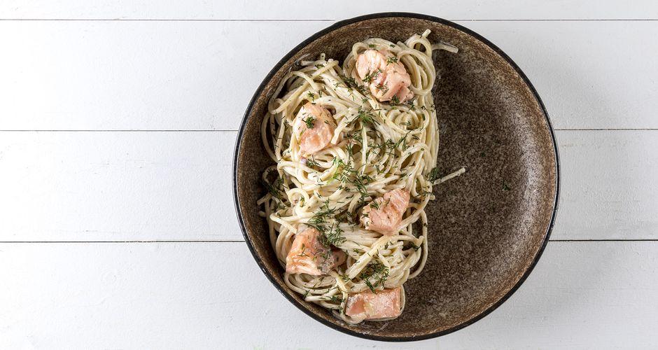 Salmon and tsipouro spaghetti
