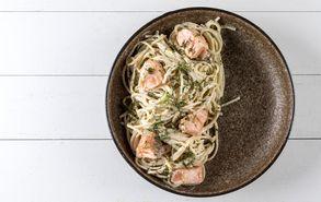 Recipe thumb spaghetti me solomo kai tsipouro site
