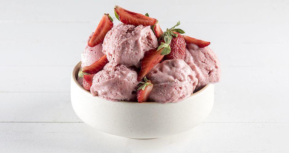Light ice cream with 3 ingredients