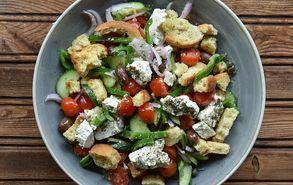 Recipe thumb xwriatikh salata
