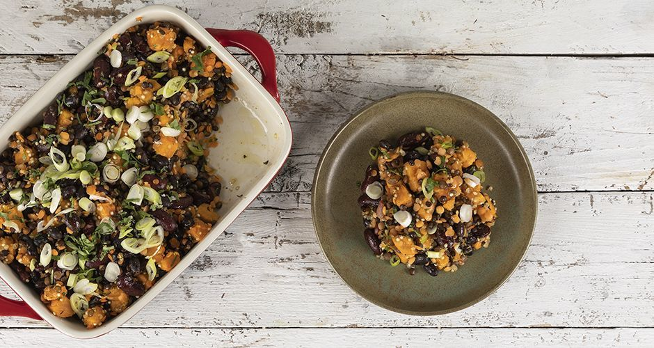 Roasted sweet potatoes with black beans