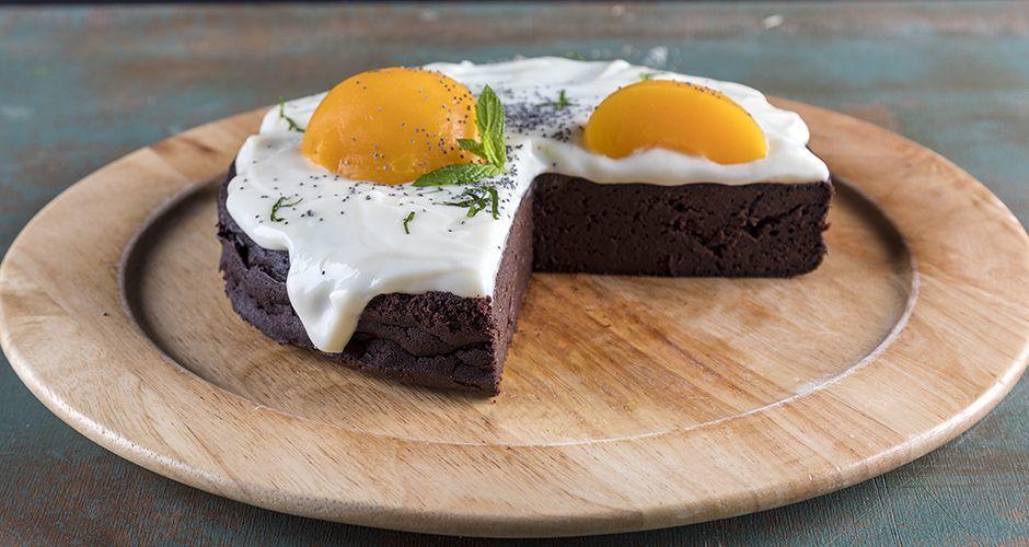 Mayonnaise and dark beer cake