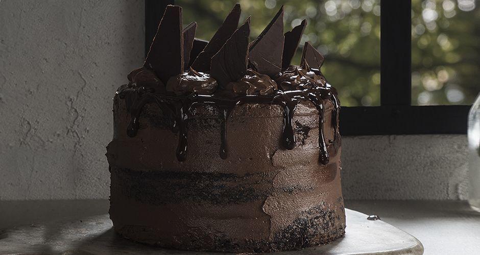 Phenomenal Chocolate Cake Recipe Akis Petretzikis Personalised Birthday Cards Epsylily Jamesorg