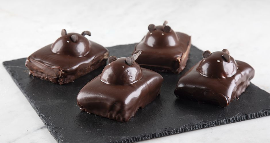 Chocolate mice cakes