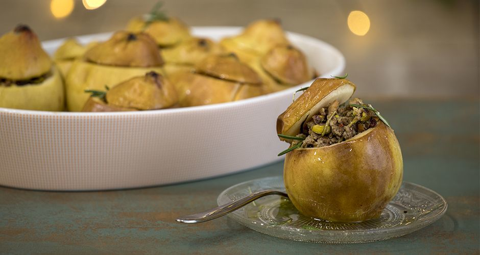 Meat stuffed quinces