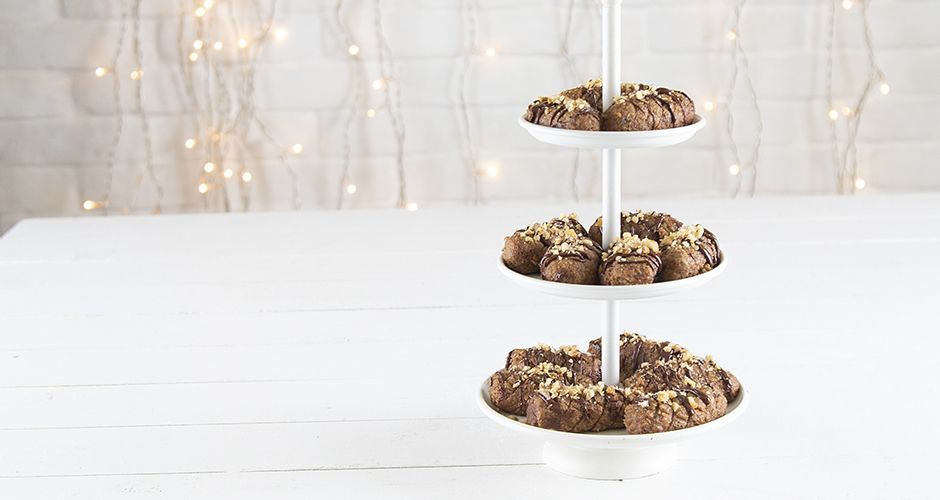 Raw Greek Christmas honey cookies -Melomakarona