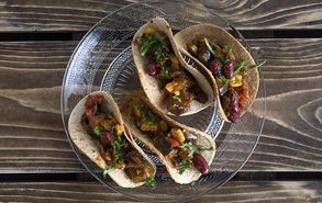 Recipe thumb 9 11 18 vegan tacos site