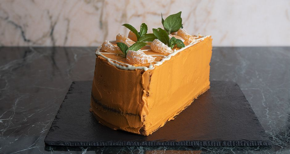 Tangerine syrup cake