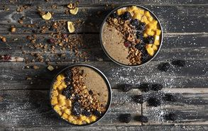Recipe thumb 20 3 19 acai bowl adez site