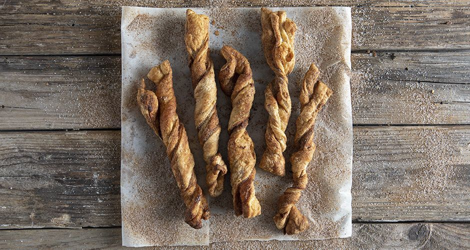 Sweet puff pastry twists