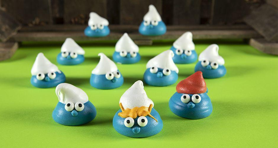 Smurf meringues
