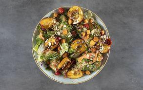 Recipe thumb salata me solomo kai nektarinia